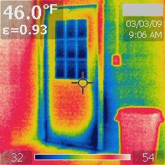 Thermal image air leaks around door